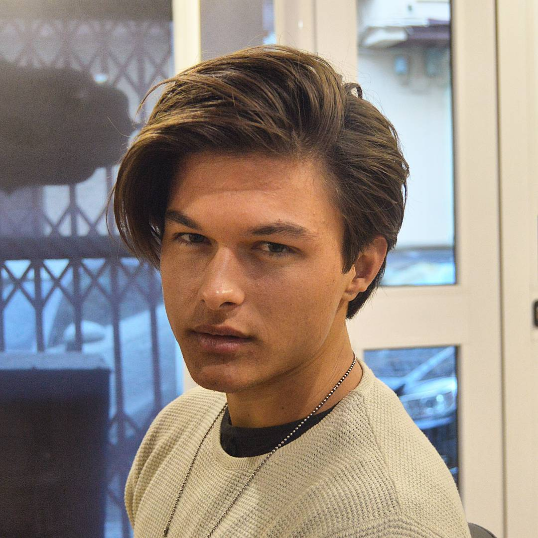 Popular Medium Length Haircuts to Get in 2018 - Men's Hairstyle Swag