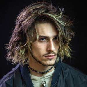 Latest Men's Hairstyles for Long Hair
