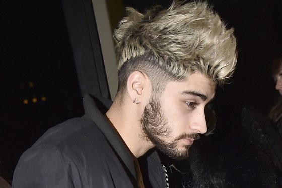 zayn malik hairstyle 2017 spiky mohawk side part fade with beard