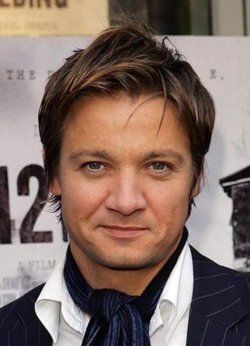 jeremy renner medium length hairstyle