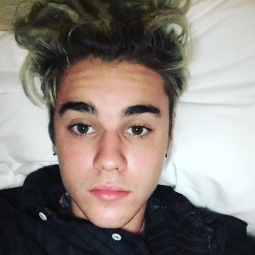 16 justin bieber after wake up messy hairstyle